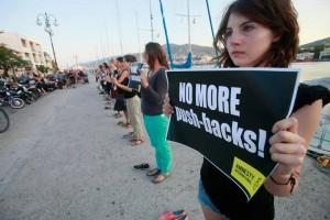 Ελλάδα: Η ανθρωπιστική κρίση χειροτερεύει καθώς το σύστημα υποστήριξης των προσφύγων σπρώχνεται σε σημείο κατάρρευσης.